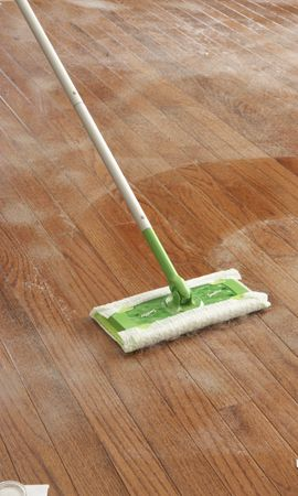 laminate-floor-clean