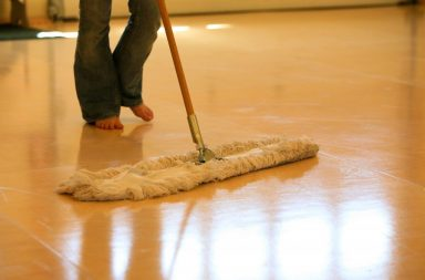 cleaning-mopping-a-vinyl-floor