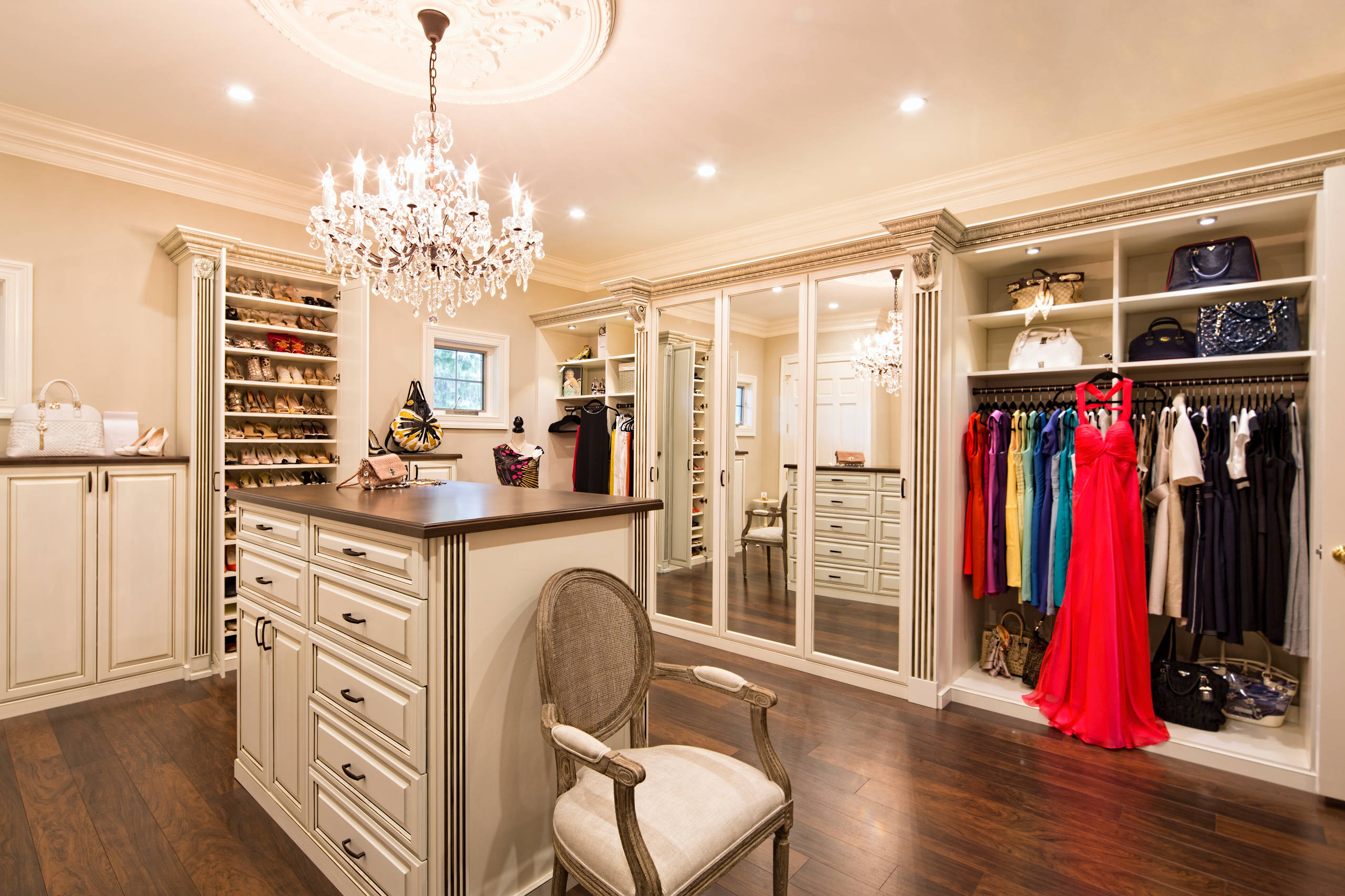chand closet - 5 Ways to Walk into Glamour
