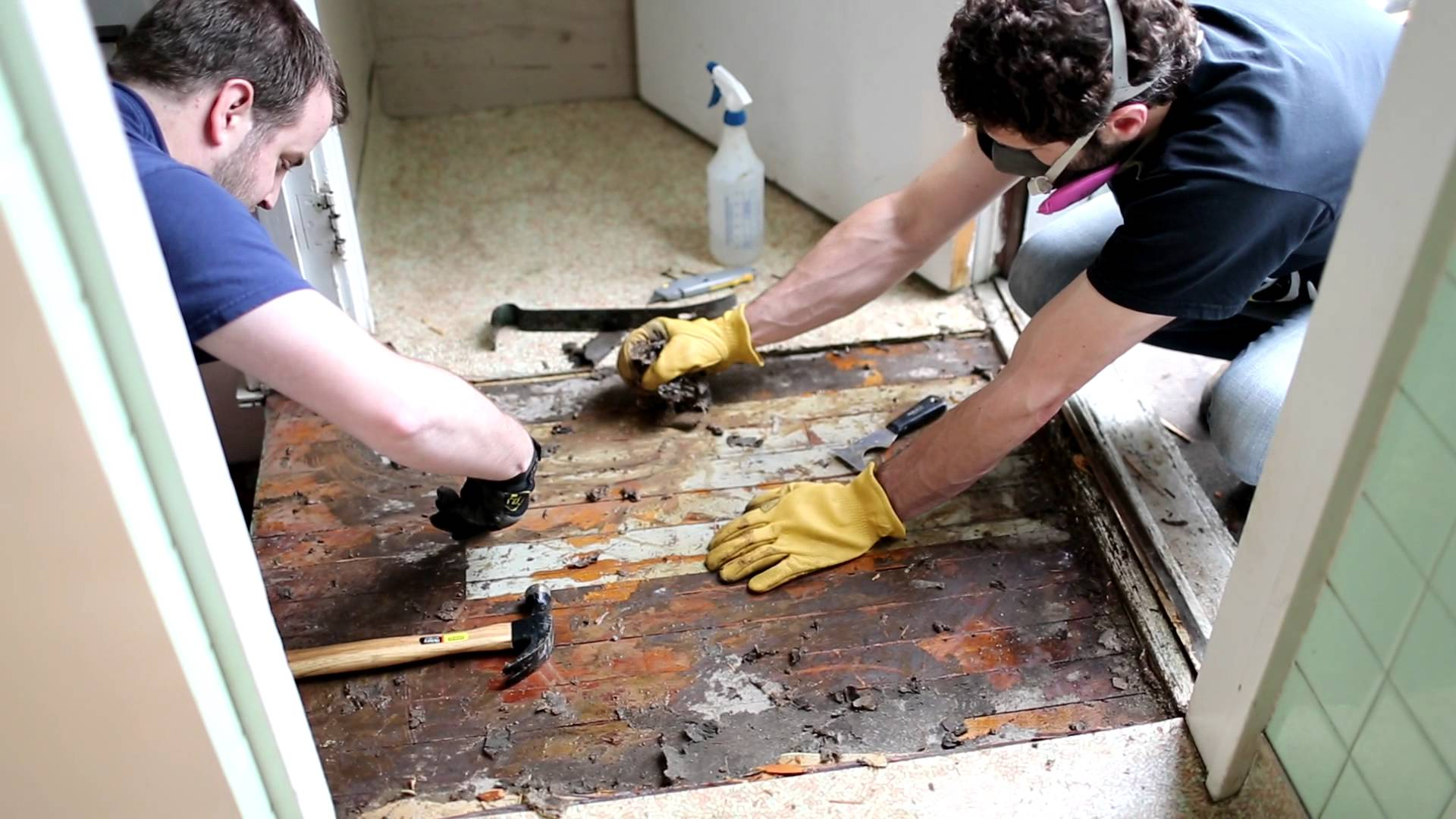 Diy removing vinyl or flooring see it do it diy removing vinyl or flooring solutioingenieria