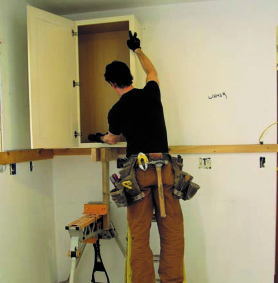 installling 1 - DIY Tips for Kitchen Cabinet Installs