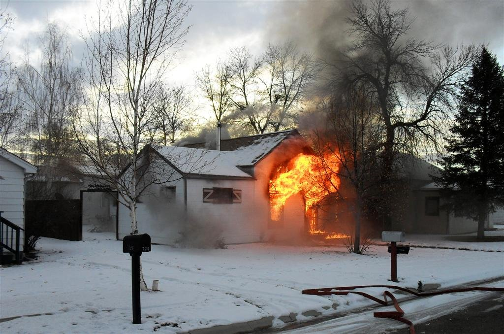 fire 1024x678 - Surviving a Sub-Zero Season