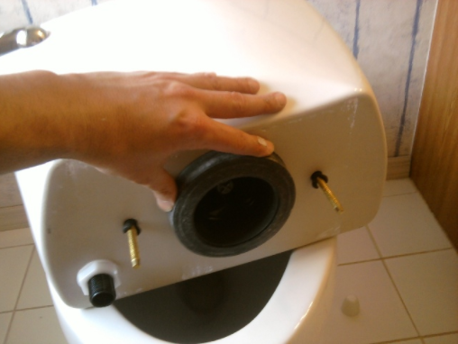 10 - DIY Toilet Replacement Part 2: Installing Your New Toilet