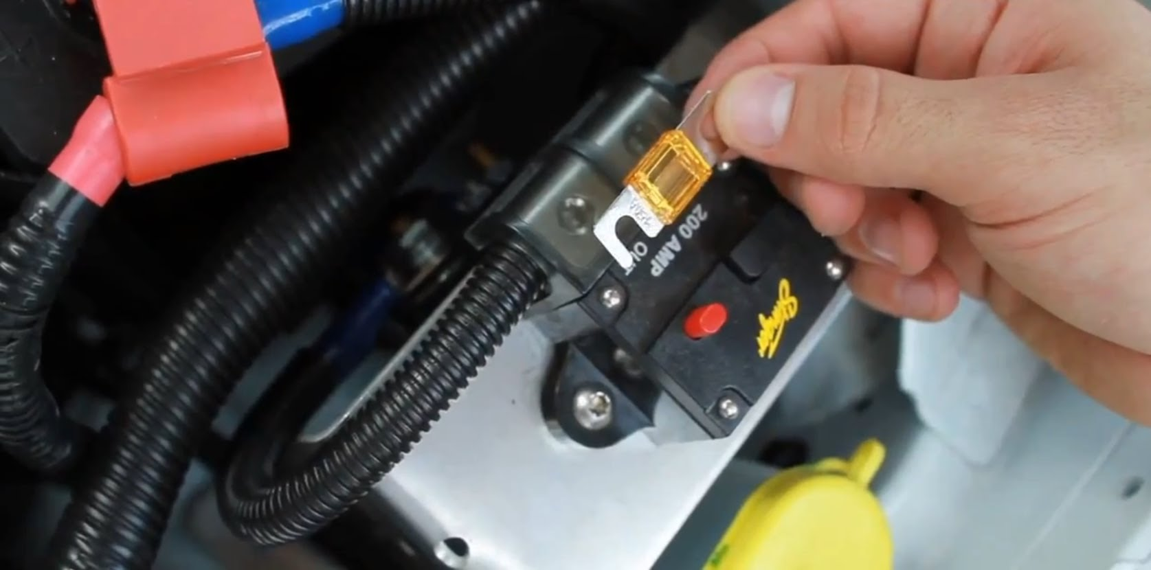 fuse - 6 Car Maintenance Tasks You Can Handle