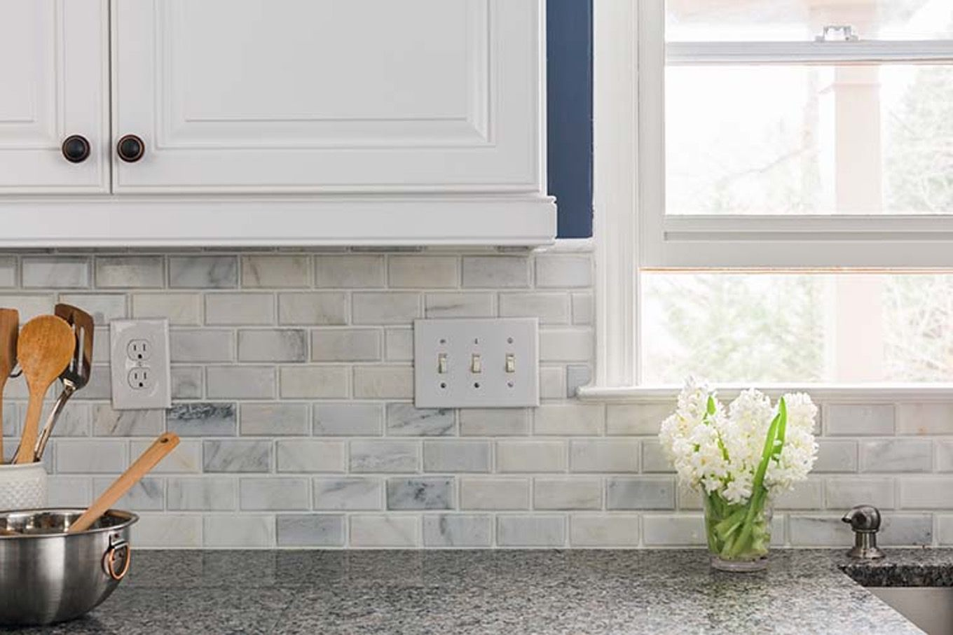 white tile kitchen backsplash - Sealing that Grout! A DIY Project